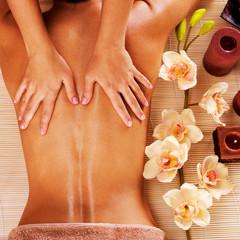 Massage Balinais Biarritz effectué par Excellence Wellness Professionnel Bien-être et Beauté Bio Biarritz Anglet Bayonne. Massage Duo, Massage Relaxant.