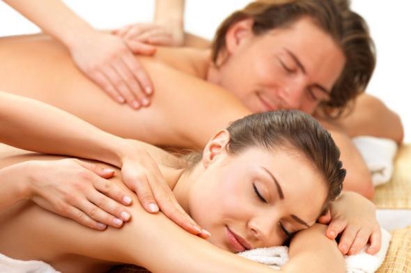 MASSAGI DUO BIARRITZ, Massage en couple, Massage à 2, effectué avec Excellence Wellness Spa Massages Bien-être et Beauté Bio Biarritz.